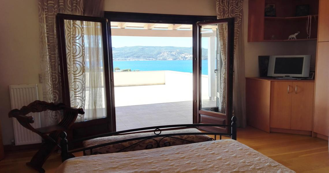 Villa Aigli in Porto Heli resort for luxury rental property