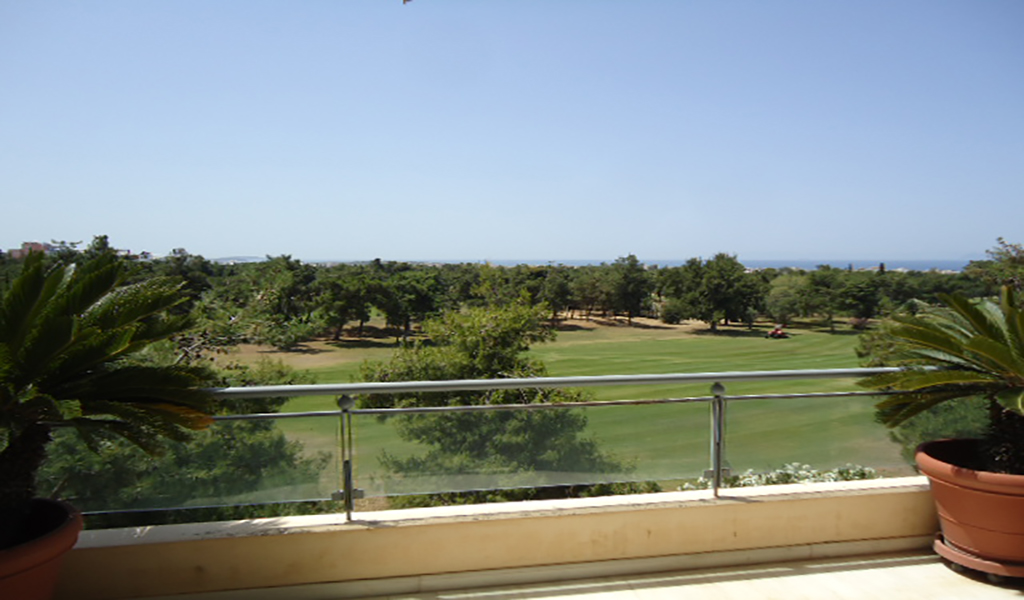 Unique apartment in Glyfada- Golf area