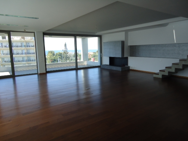 Unique newly built properties in the center of Glyfada