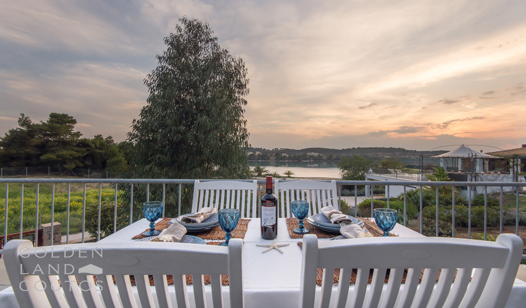 Villa House Lake situated in Ververonta Porto Heli
