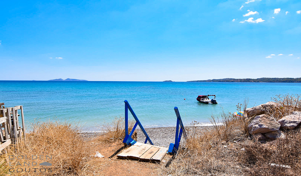 Seaside Retreat in Petrothalassa for sale in Porto Heli