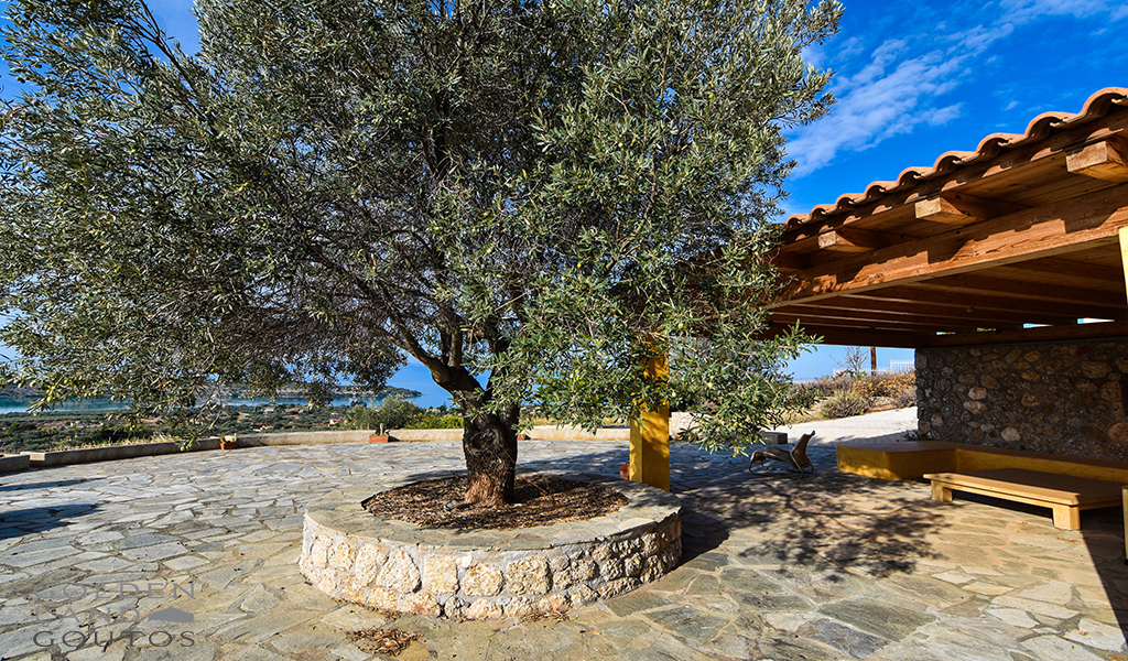 Detached House with wonderful view across Porto Heli and Spetses