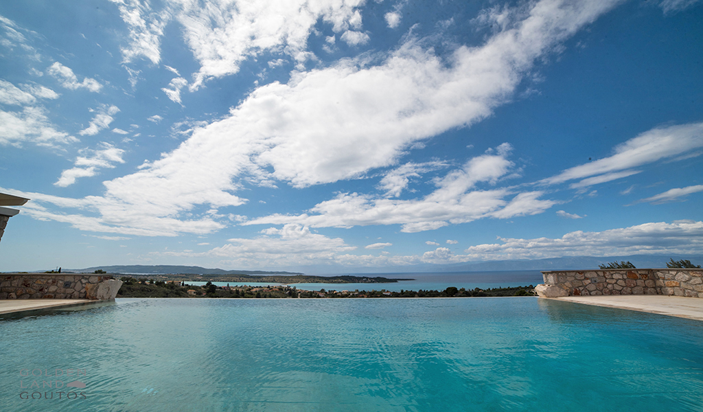 Villa Senses close to the port of Porto Heli