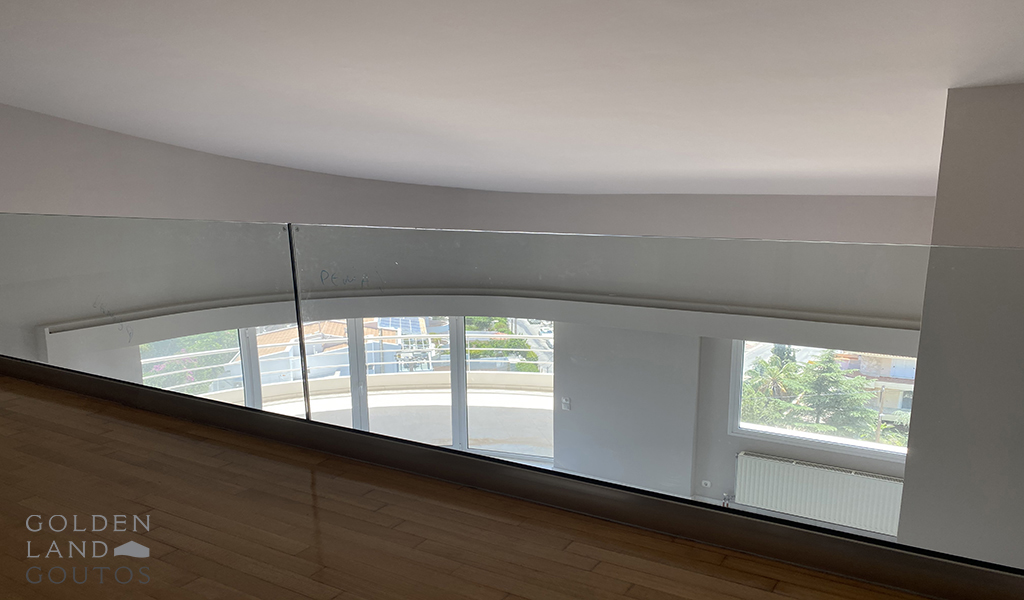 Penthouse Maisonette with Stunning View