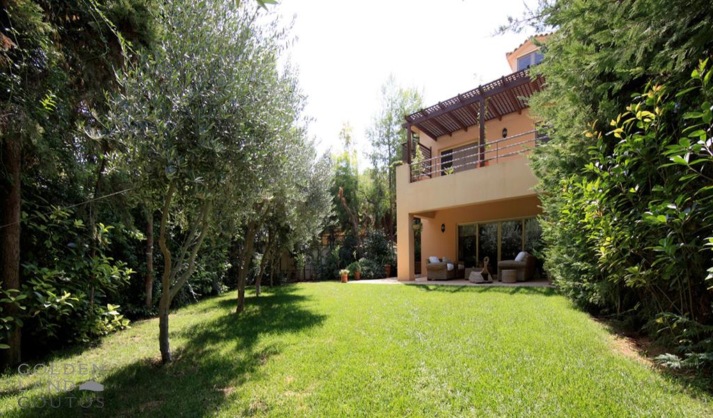 Cozy Private House in Glyfada Golf area