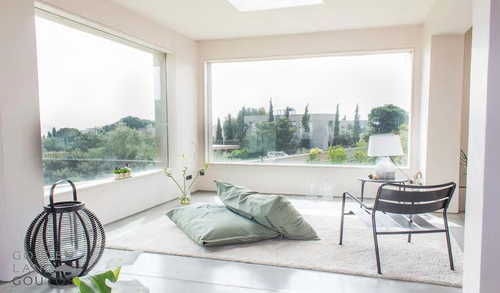 Exquisite Minimalistic Villa in Varkiza