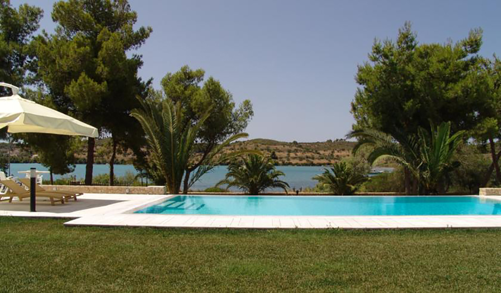 Villa Magic Blue luxury resort rent in Porto Heli Greece