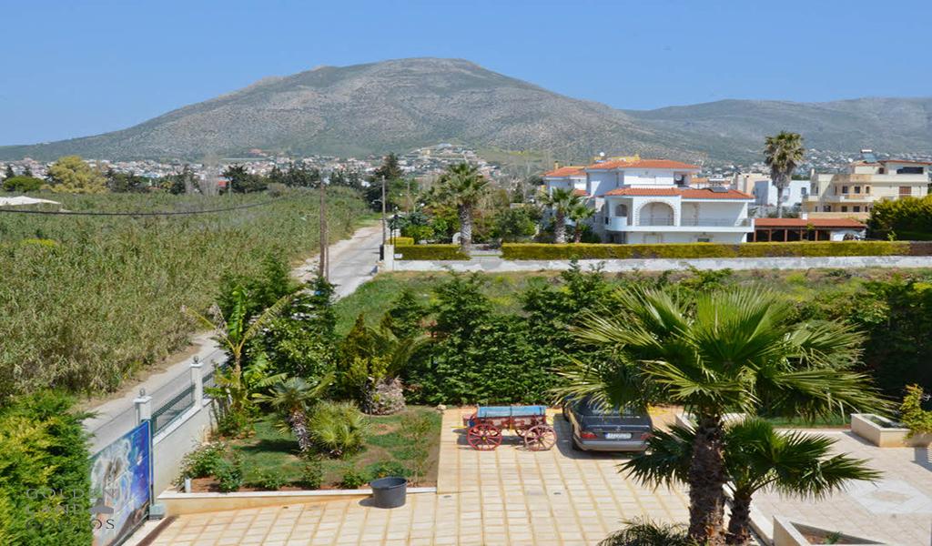 Luxury sea front Villa in lagonisi