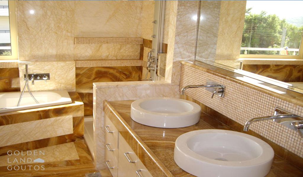 Luxurious Villa in Vouliagmeni