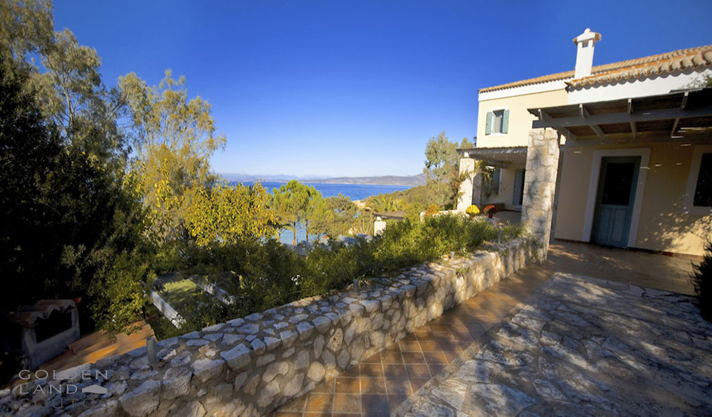 Beachfront Villa Ilektra for rent in Porto Heli Greece