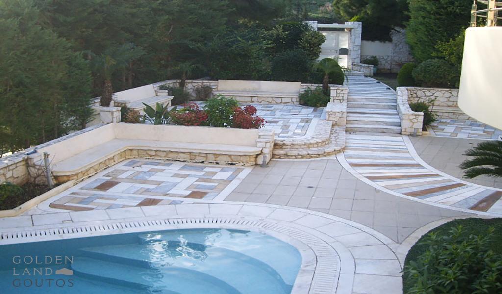 Luxury Villa of 630 sqm in Vouliagmeni