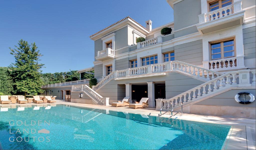 Exquisite Villa in Vouliagmeni Greece