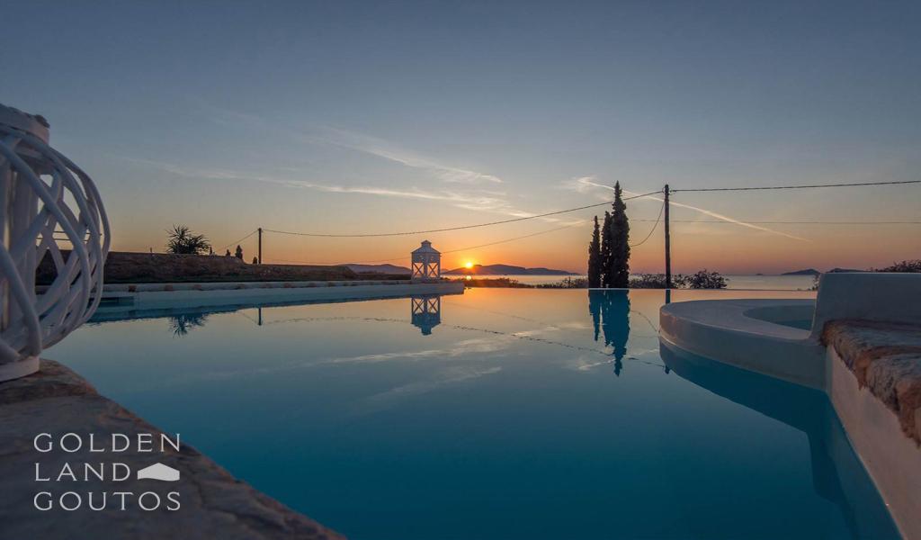 Magnificent Seafront Villa Georgia