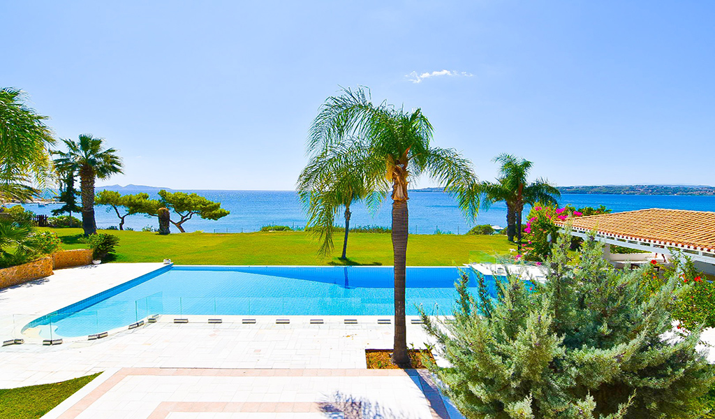 Seafront Villa Imposing