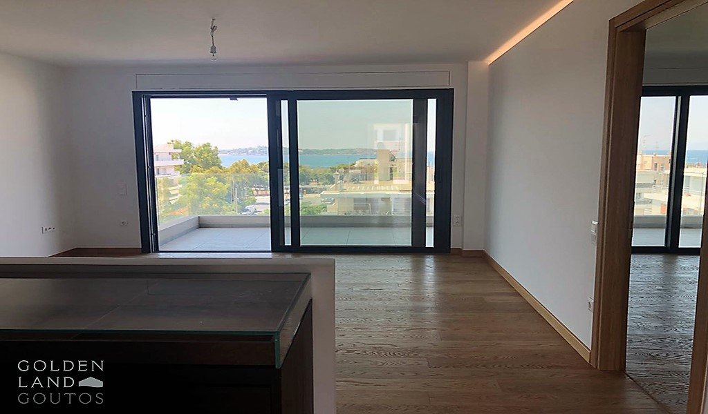 Newly built Penthouse with sea view in Voula