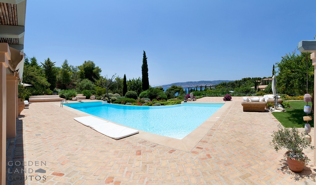 Villa Bordeaux Mirto with Mediterranean style