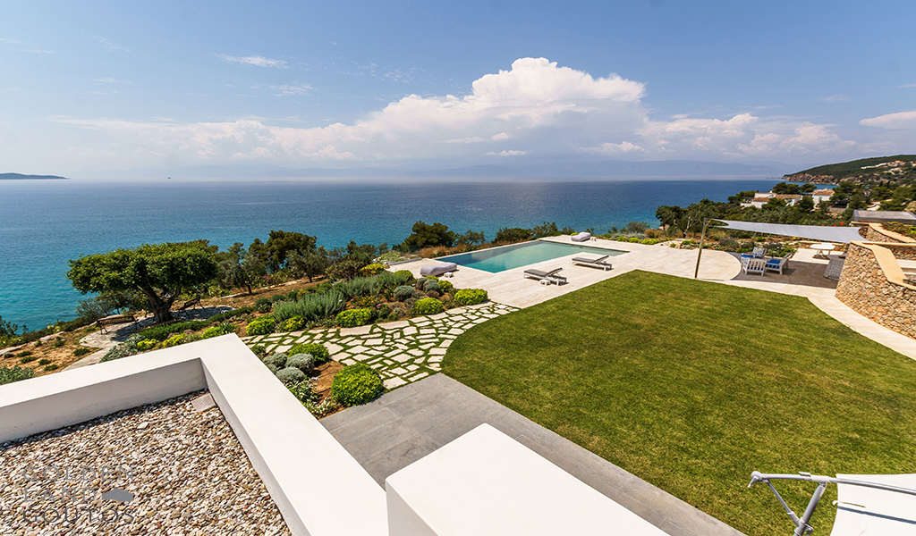 Villa Diamond a stone mansion with modern elements for rent