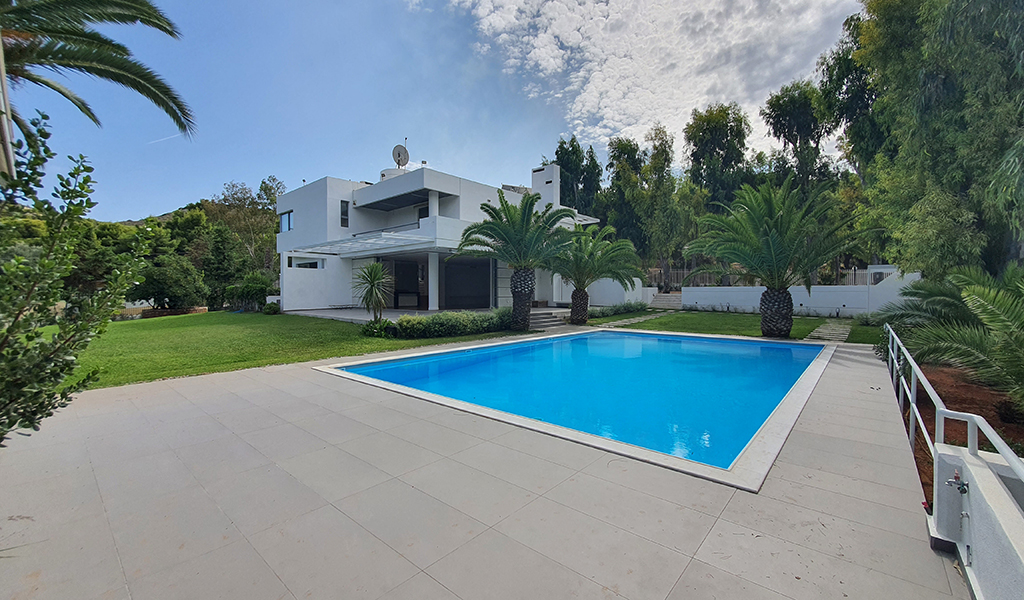 Unique Villa in Voula