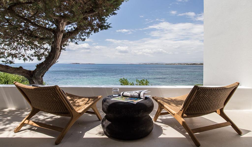 Beachfront Villa in Kavouri