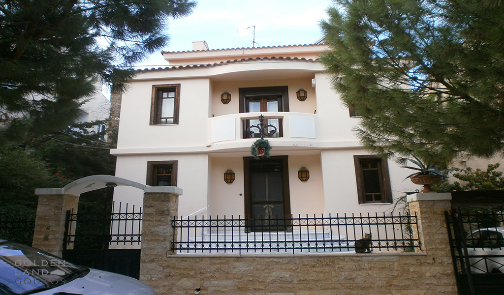 Villa in Voula Pigadakia area