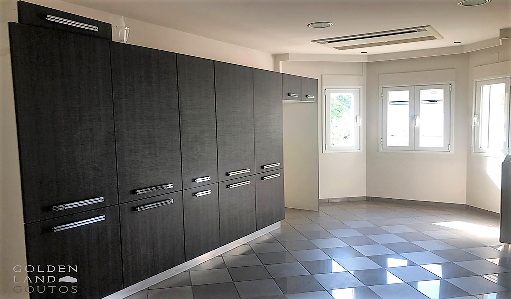 Cozy Maisonette in Glyfada centre