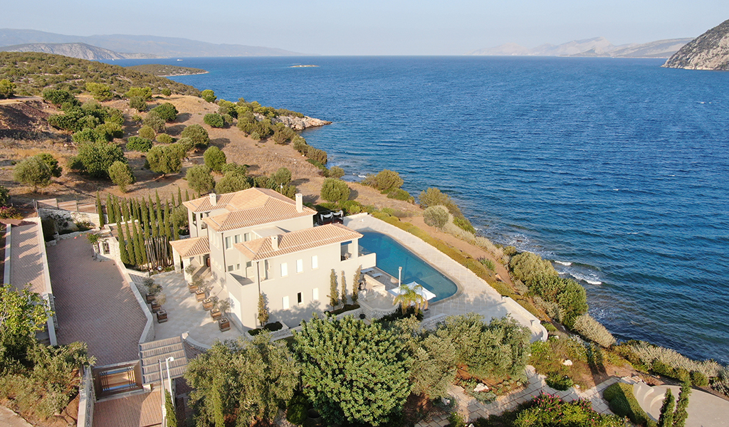 Apollo Seafront Mansion