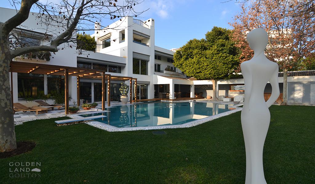 Exceptional Mansion near Golf Area in Glyfada
