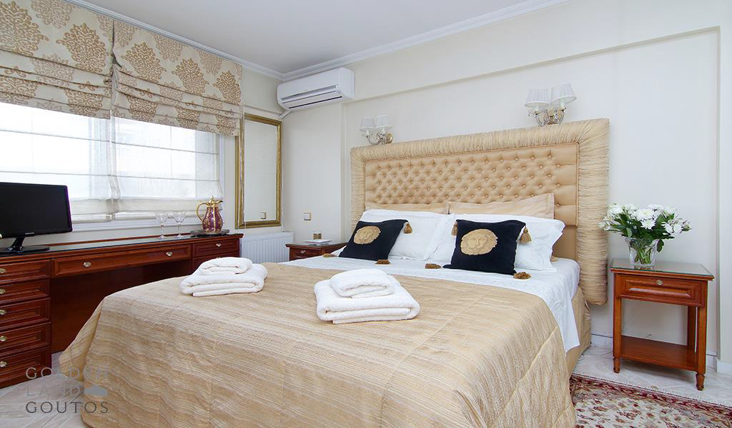 Luxurious Penthouse Maisonette in Voula