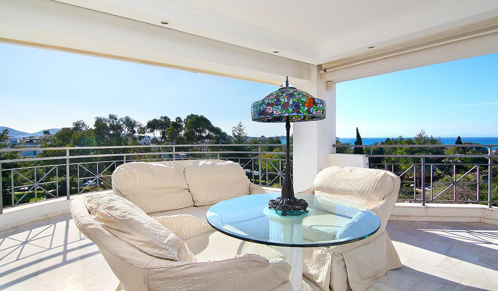 Luxurious Penthouse Maisonette in Voula