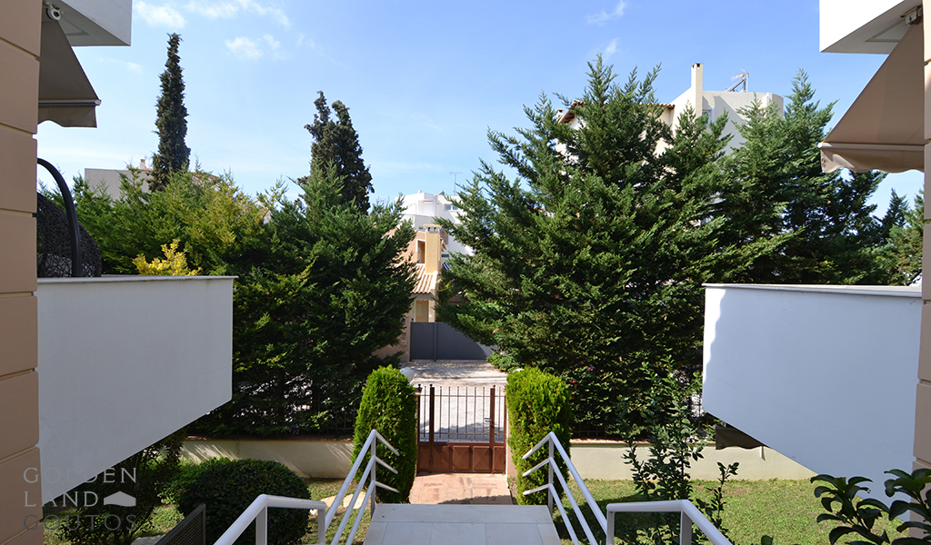 Amazingly Restored and Classic villa in Voula