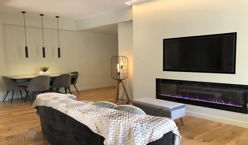 Minimal Design Apartment in Vouliagmeni