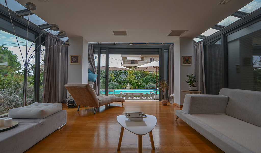 Peaceful Villa in Vari with Private Pool