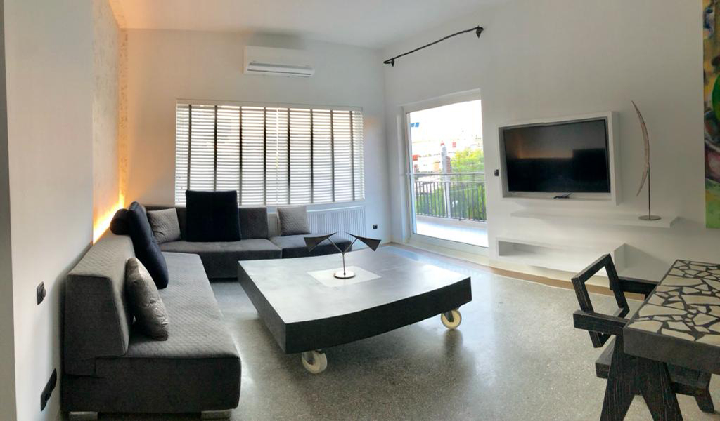 Delightful Fully Furnished Apartment in Glyfada