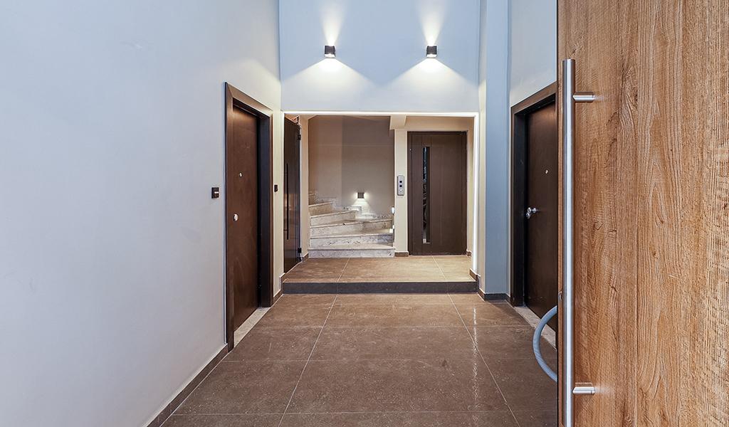 Bright Renovated Apartments in Neos Kosmos