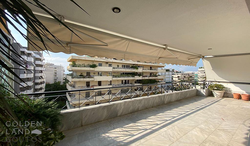 Bright Apartment Near the Sea in Palaio Faliro