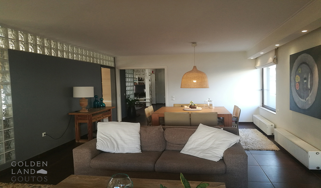 Modern Renovated Floor Apartment in Voula