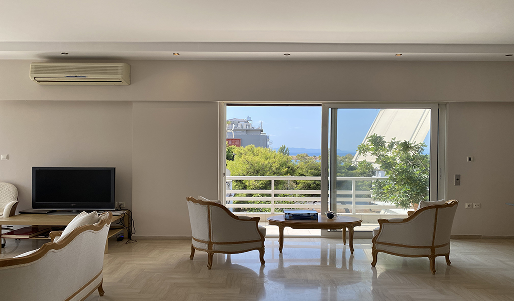 Beautiful Apartment with Sea View in Glyfada