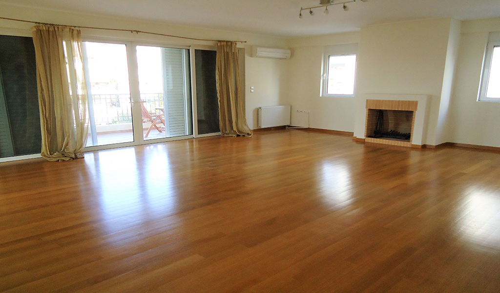 Beautiful Floor Apartment in the heart of Glyfada