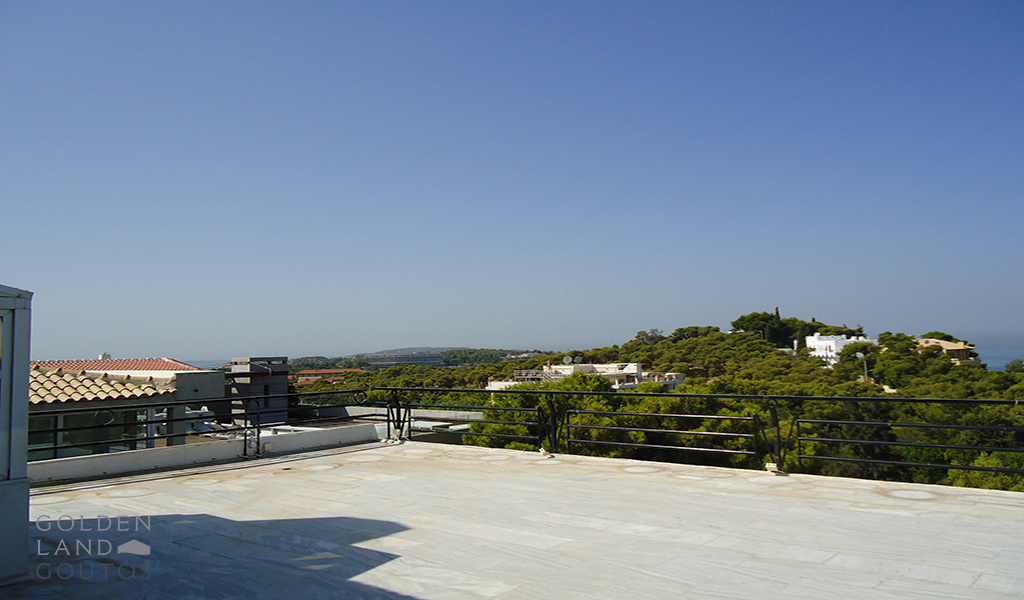 Penthouse Maisonette with Stunning Sea view in Vouliagmeni