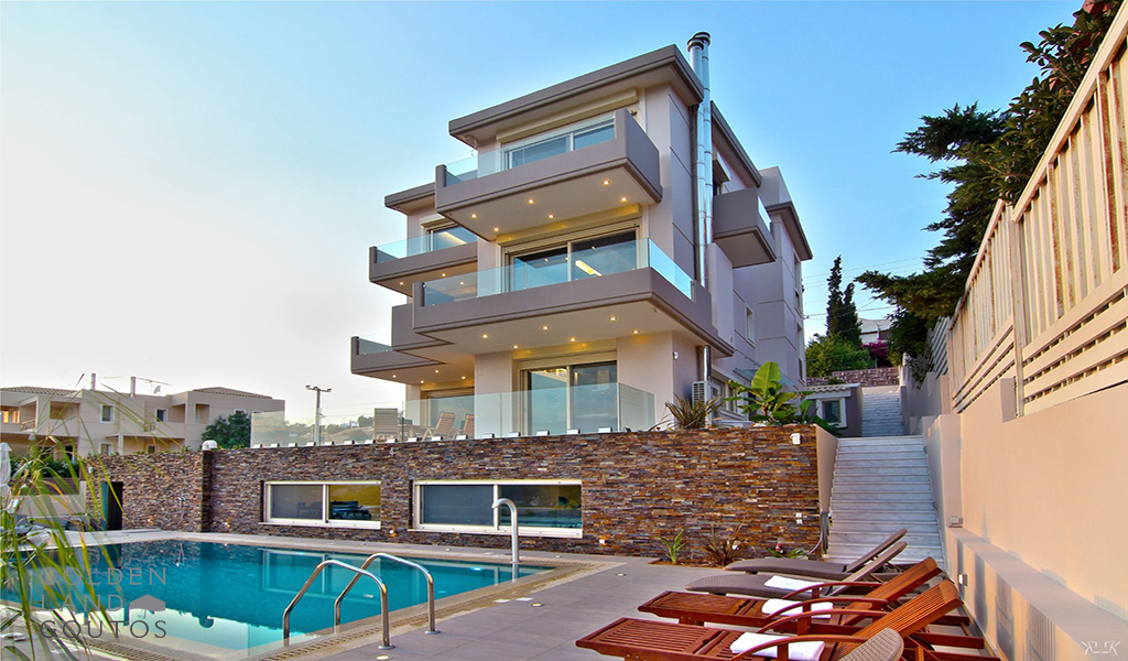 Exquisite Mansion with Private Pool & Stunning Sea View