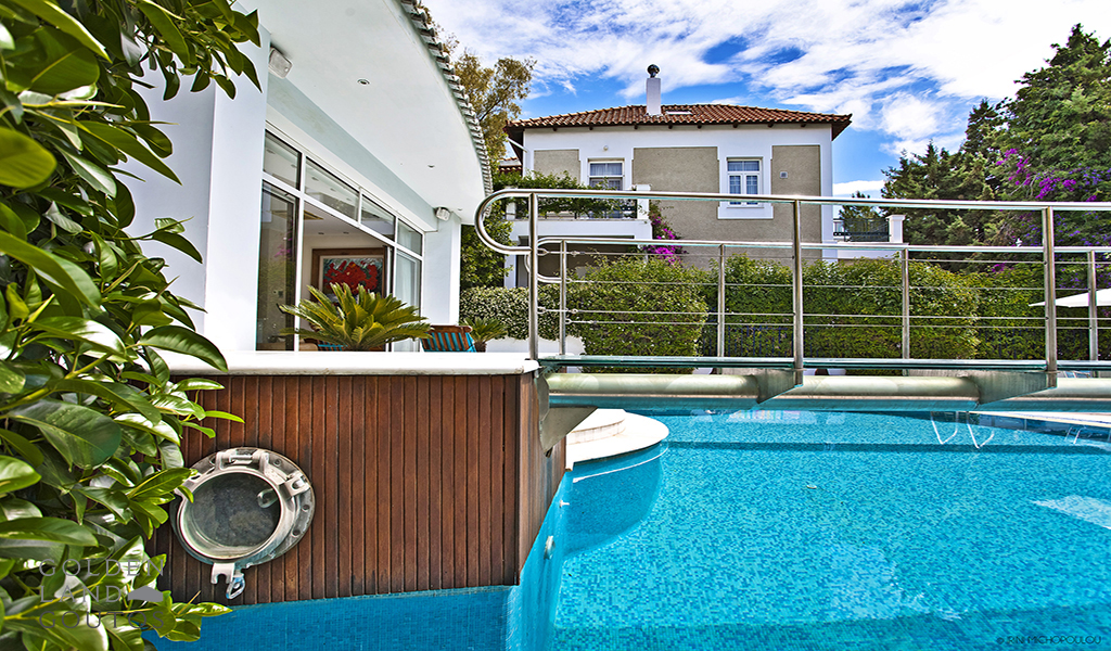 Seaside Luxurious Villa in Glyfada
