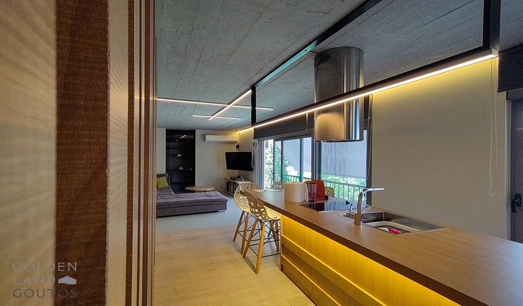 Stunning Renovated Apartment in Kavouri, Vouliagmeni