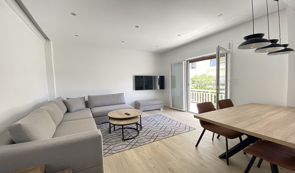 Minimal Furnished Apartment in the Heart of Voula