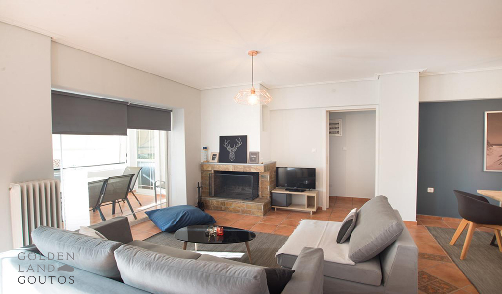 Modern & Bright Apartment in Glyfada