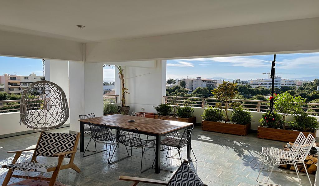 Exclusive 5th floor Apartment in Glyfada Golf area