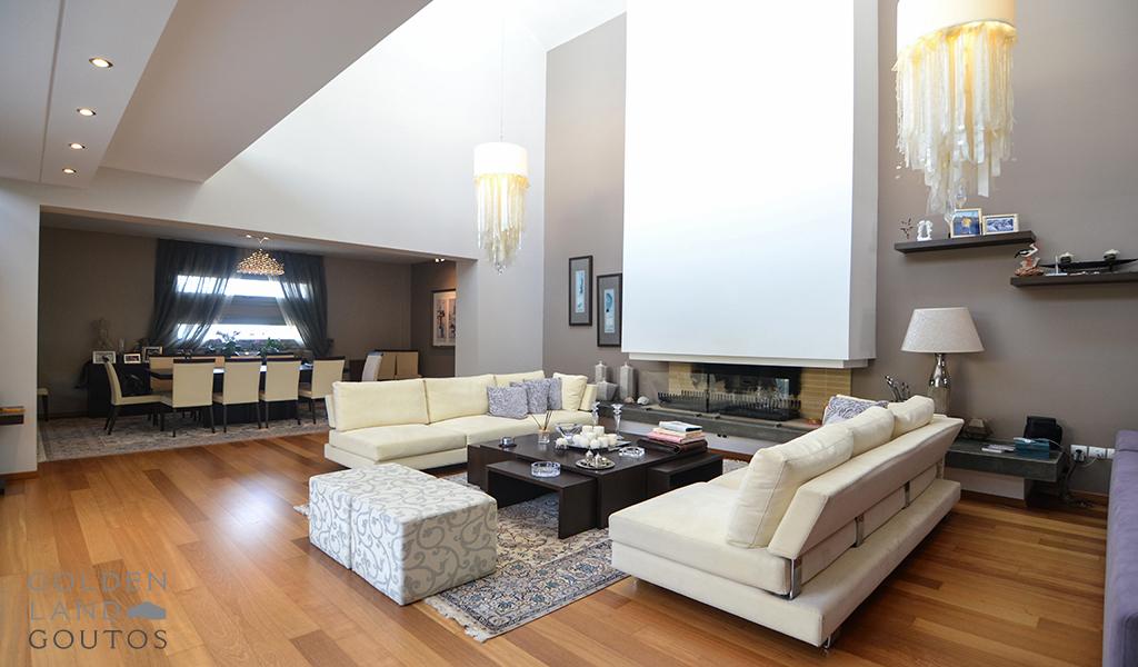 Minimalistic Villa with View in Glyfada