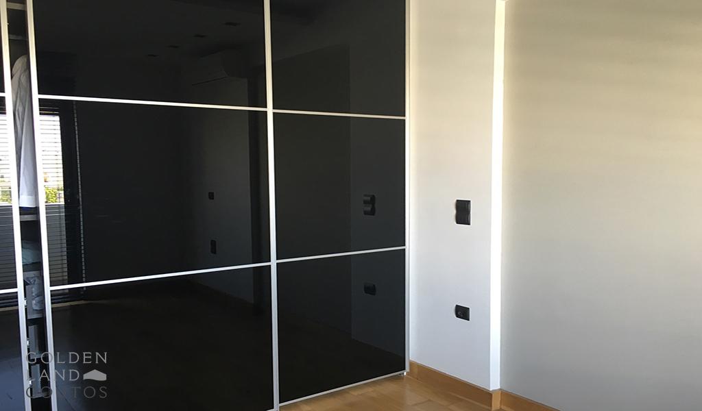 Modern & Minimal Apartment in Glyfada
