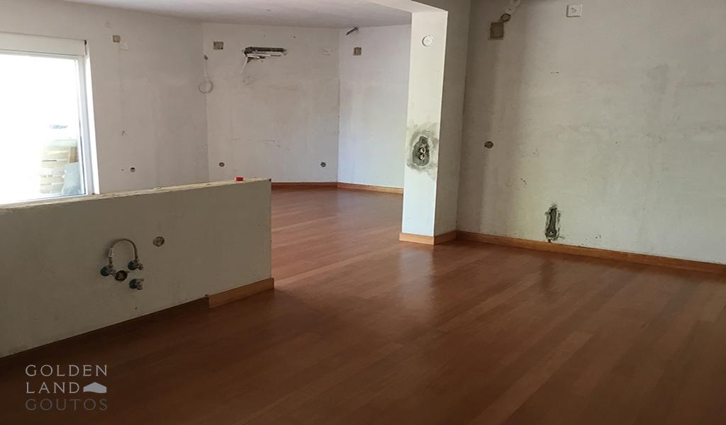 Unique Private House in Saronida