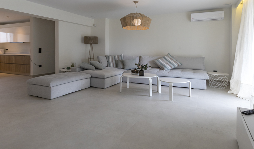 Modern Furnished Apartment in the heart of Glyfada
